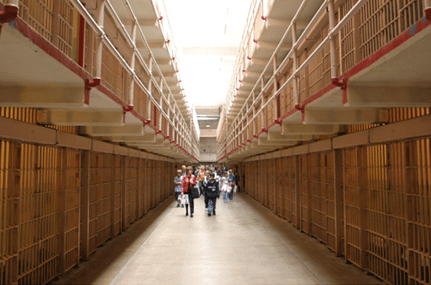 alcatraz-interior-segway-tour-alcatraz-ferry-combo-package_0