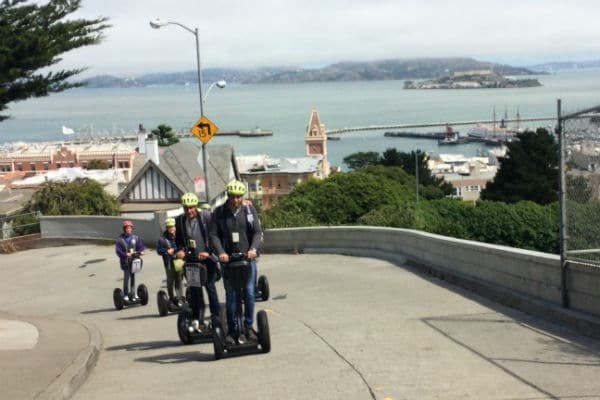 climbing-russian-hill-with-view-sf-bay-advanced-hills-lombard-street-segway-tour-san-francisco-600-400