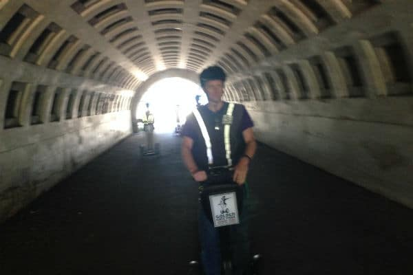 golden-park-segway-tour-de-young-museum-california-academy-tunnel-600-400