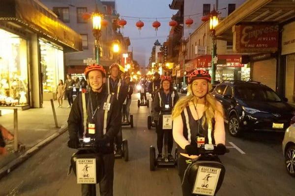 segway-smile-night-segway-tour-san-francisco-chinatown-north-beach-wharf-waterfront-600-400